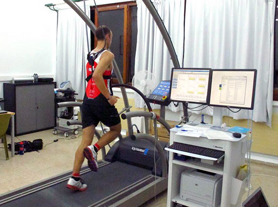 runner doing the lactate test
